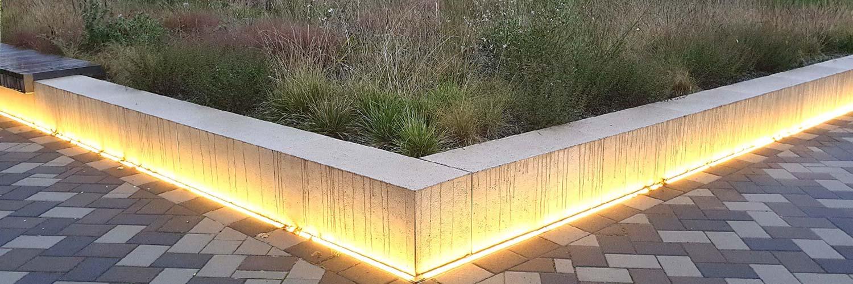 Moderne Architektur lebt mit Licht und Farbe